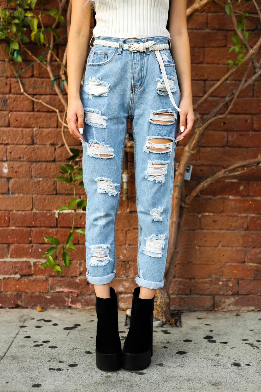 Colors of Aurora Knit Top / BackrooomShredded Boyfriend Jeans/ Public Desire Alegra Black Su Boots/ Pixxiepieces TattooHamsa Choker Photography by Jeff Fernandez (@yojefff)