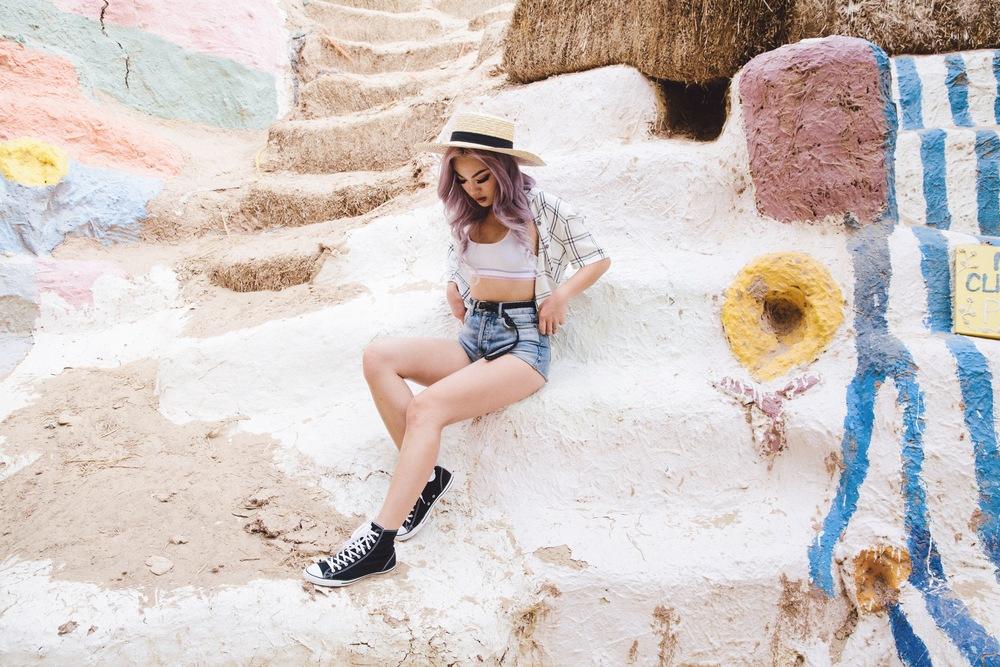 Pacsun Plaid Button Down/ Topshop Shorts / Lack of Color Straw Hat/Converse Chuck Taylor All Stars Photography by Kimly Mean (@becauseitsnice)